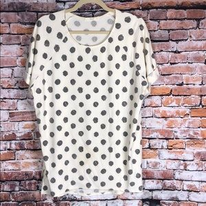 Ivory with black dots shirt sleeve top Boutique